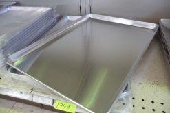 3/4 Sheet Pans