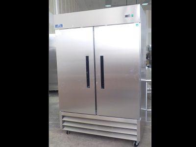 5218 2 door freezer