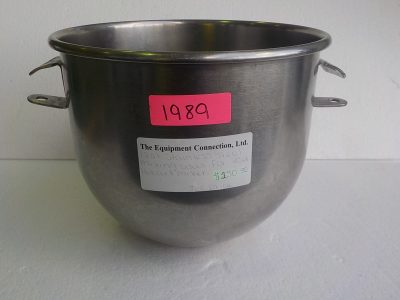 1989 12 qt mixing bowl