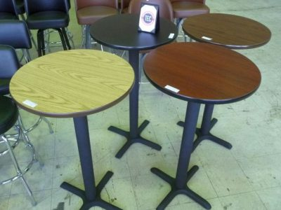 "9013 24"" round cocktail table"